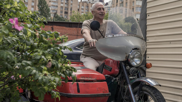 "Анзор Кавазашвили. Фото Юрий Голышак, ""СЭ"""